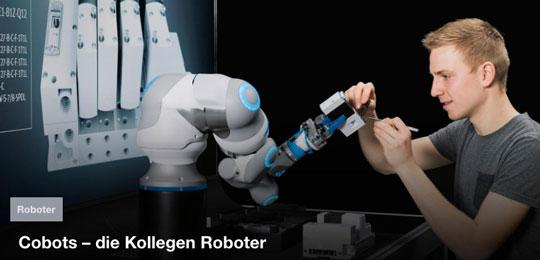 Cobot und Mensch arbeiten gemeinsam