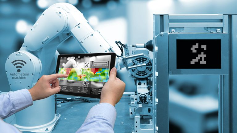 Secure Industry 4.0 - Functional Safety | TÜV NORD