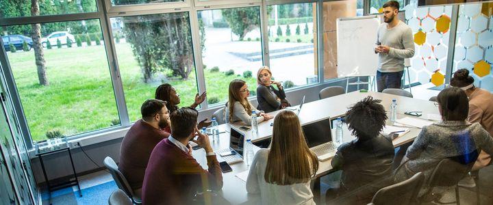 Inhouse-Schulungen: Weiterbildung online oder vor Ort in Ihrem Unternehmen